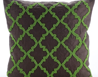 "Brown Decorative Pillow Cover,  Square  Green Beaded Lattice Trellis 16""x16"" Cotton Linen Pillows Covers For Couch - Green Symphony"