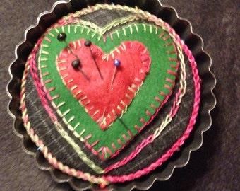 Kit for wool felt tart tin Pincushion...Wool Felt Pincushion...Pincushion Hand Made...tart tin Pincushion...Pincushion