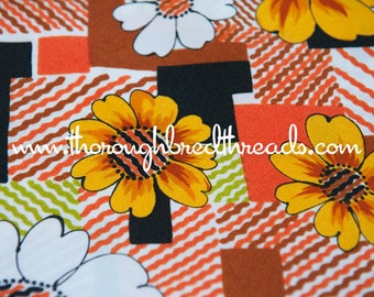 Daisies and Geometrics- New Old Stock Vintage Fabric Mod 60s 70s Juvenile Groovy Retro Flower Power