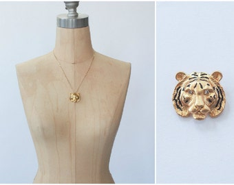 vintage gold tiger head pendant charm / charm necklace safari style