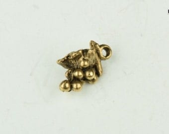 11mm Grape Cluster, Vintage Gold Cast Charm, pack of 6