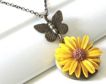 Daisy Butterfly Locket Necklace - Brass,  Flower Jewelry, Nature Jewelry, Floral Jewelry, Butterfly Jewelry
