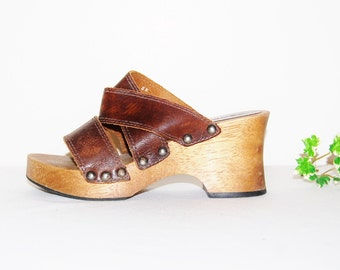 Vintage Sandals Candie's Chunky Wood and Leather