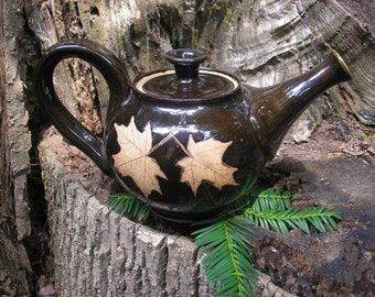 Sugar Maple Leaf Teapot  28 oz.  in rich  glaze perfect for any lover of nature