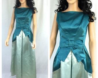 Vintage Teal and Light Aqua Gown. Silk Taffeta or Silk Rayon. Long Dress. Evening Wear. Wedding. Formal Wear. Size Small. Fancy. Bow.