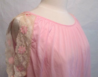 Vintage Baby Pink Nylon Babydoll Nightgown Medium