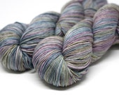 "Glitz Sock Self Striping ""Graynbow"""