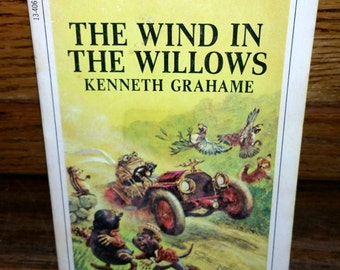 The Wind in the Willows Kenneth Grahame Vintage Paperback Book