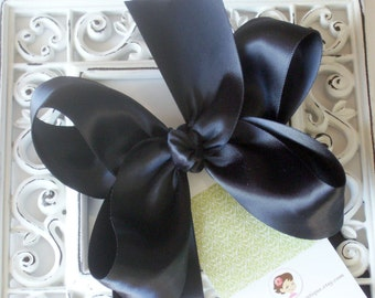 NEW ITEM----Big Boutique SATIN Hair Bow Clip-----Black