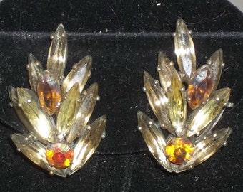 Vintage Rhinestones Leaves Clip On Earrings Gold Tone