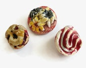 Charming Chipping Vintage Plaster Buttons
