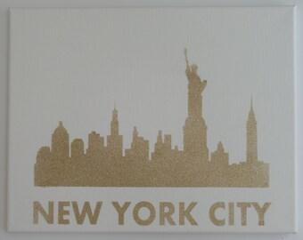 NEW YORK CITY, Statue of Liberty, Skyline