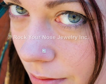 Silver Nose Stud / Tiny Blossom Nose Stud in Sterling Silver - CUSTOMIZE