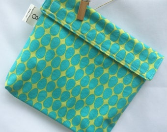 Reusable eco friendly washable Sandwich - blue ovals on green