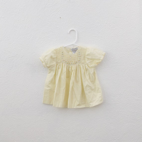 vintage yellow baby dress w smocking 9 months