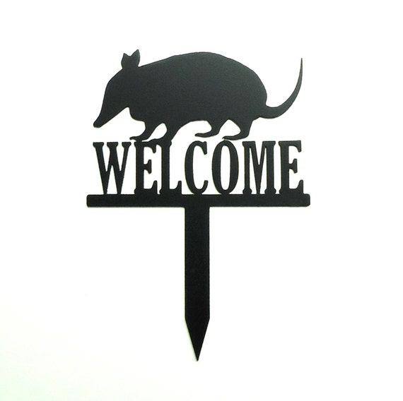 Armadillo Welcome Metal Art Yard Garden Sign - Free USA Shipping