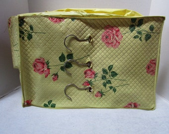 Vintage Garment Bag Jumbo Dress Bag Yellow w/ Pink Roses Shabby Chic Floral Quilted Vinyl Closet Organizer French Cottage Feminine Shop Prop