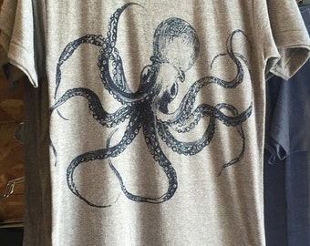 Kraken Octopus T-Shirt Made in USA  Tri-Blend Athletic Grey  S M L XL or xxl