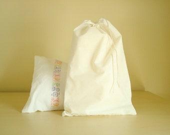 Cotton muslin bags 10 x 16 or 12 x 16, qty. 6 plain cotton bags, muslin drawstring bags, natural craft bags, gift bags, DIY wedding decor