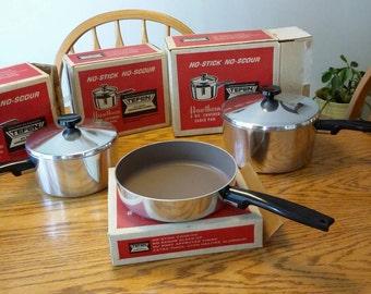 Vtg West Bend Hawthorn Dupont Teflon Coated Aluminum 7 pc Cookware Set