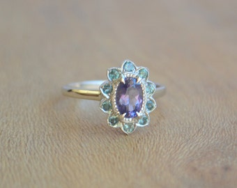 Oval White Gold Sunflower Ring with Sapphire and Alexandrite