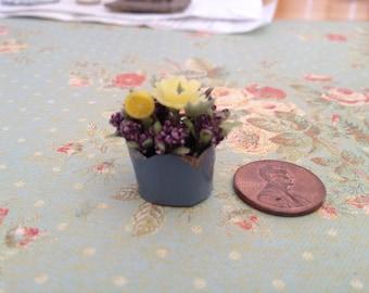 Dollhouse Miniature flower pot with lemon