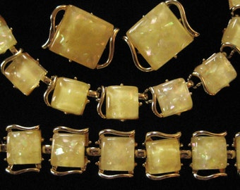 Coro Yellow Confetti Lucite Necklace, Bracelet, Earrings Parure