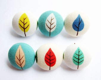 Sewing Buttons / Fabric Buttons - 6 Medium Fabric Buttons Set - Colorful Leaves