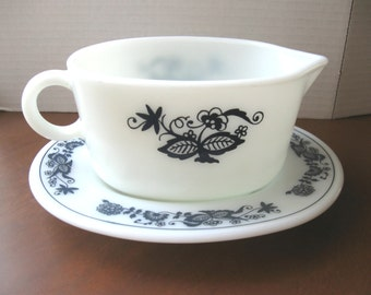 Pyrex Corning Old Town Blue Gravy Boat and Underplate