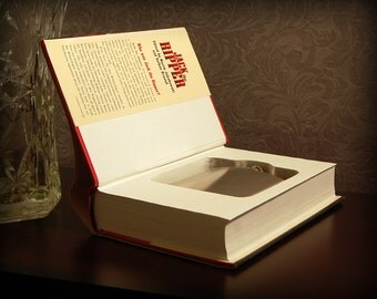 Hollow Book Safe & Flask (Jack the Ripper)