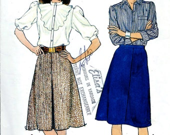 """UNCUT Butterick Pattern No. 4927 : A-Line Skirt with Inverted Front Pleat  Waist 24"""" - 26.5"""""""