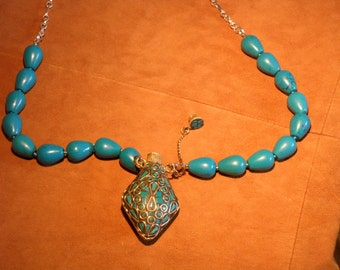 COLLECTIBLE 350 CARAT TURQUOISE Necklace with Detachable Tibetan Style Diamond Shaped Inlaid Turquoise Mosaic Bottle .  BS0005