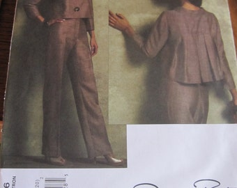 Oscar de la Renta VOGUE Pattern - Jacket and Trousers - Larger sizes 14 - 20