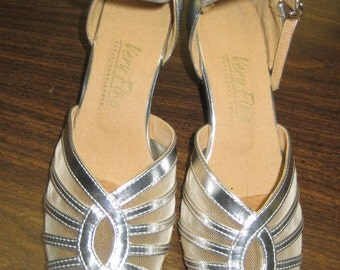 Silver Leather Ballroom Dance Shoes  Tango Shoes  Size 6