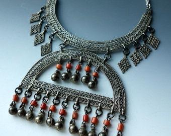 Antique Israel Coral Silver Necklace Israel