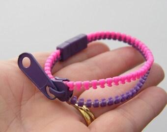 1 Pink and purple zipper plastic 190 x 6mm bracelet