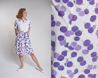 Vintage 1960s Blueberry Cotton Dress - Berry Fruit Novelty Print - Spring Fashions