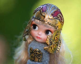 OOAK Gold Helmet Blythe Hat Helmet OOAK Blythe Hat Fantasy Hat for Blythe Armor Outfit Blythe Gold Hat Blythe armor