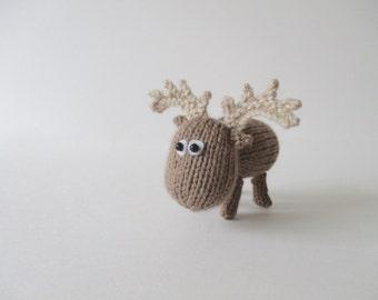 Dinky Moose toy knitting patterns