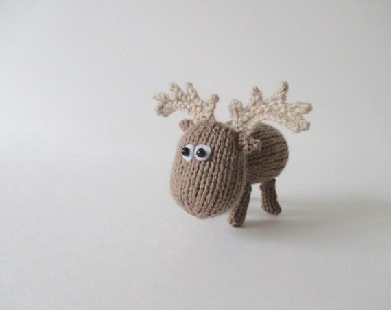 Moose Knitting Pattern : Dinky Moose toy knitting patterns