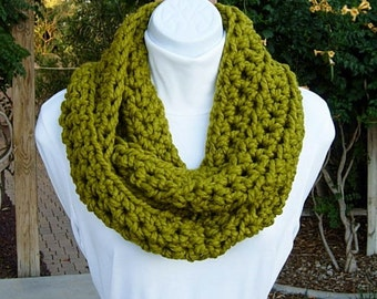 COWL SCARF Infinity Loop Lemongrass Solid Apple Green, Bulky Soft Wool Blend Crochet Knit Winter Circle, Thick Cowl..Ready to Ship in 2 Days
