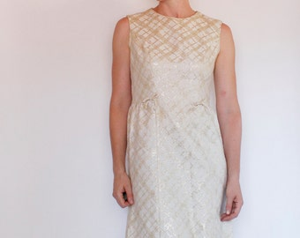 Vintage 60's dress, off white with gold plaid pattern, sleeveless, bow accents at waist, Graff brand - Medium