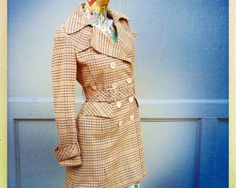 70s French Etam Trench Coat                  International Shipping
