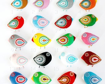 felt bird pins wholesale / felt bird brooches / bird ornaments for nursery