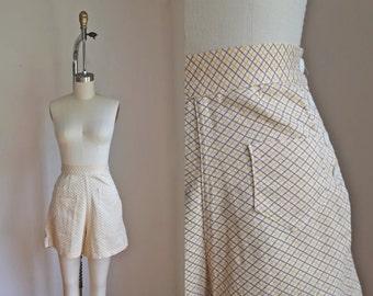 vintage 1940s high waist shorts - LEMON TWIST palid sailor shorts / XS-S
