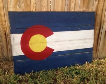 Colorado Flag - Rustic Wood Flag - Denver Wall Art - Colorado State Flag - Pallet Flag Home Decor - Colorado Wedding Guestbook
