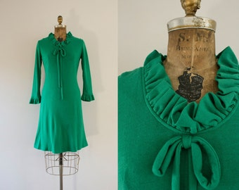 1960s Emerald Gem simplistic knit dress / 60s french bliss