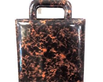 vintage patent leather convertible clutch/handbag - 1960s mod tortoise purse w/ lowering handles
