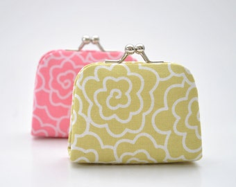 Graphic Blooms in Grass - Tiny Kiss lock Coin Purse/Jewelry holder