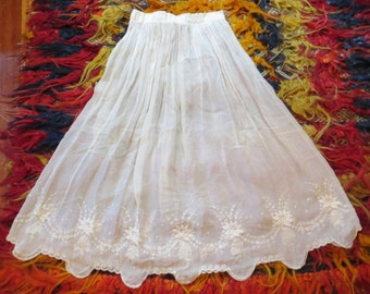 SALE Edwardian/Victorian White Embroidered Organza Skirt/Petticoat